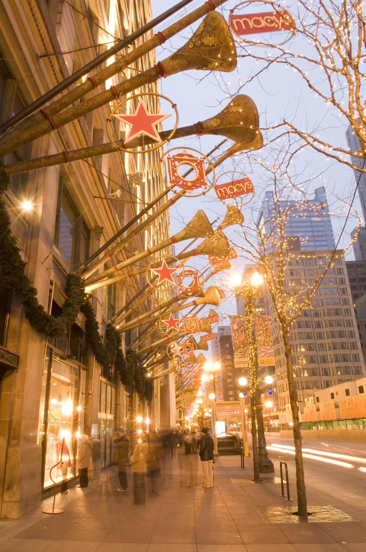 Chicago Christmas.A Family Christmas On Chicago S State Street Chicago Like